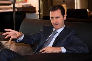 Асад, напротив, считает, что сначала нужно победить террористов, а потом проводить выборы в Сирии.