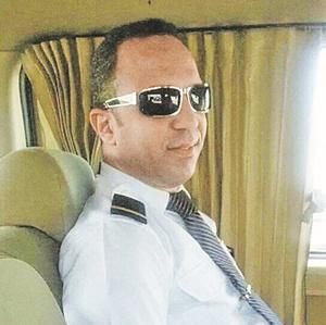 Эксперты о гибели египетского лайнера: поворот самолета в воздухе на 360 градусов - это перебор фото 1