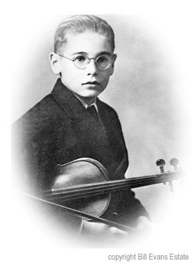 В шестилетнем возрасте он играл на скрипке.