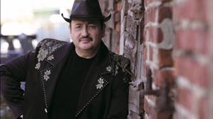 Литовский музыкант Симонас Донсковас.