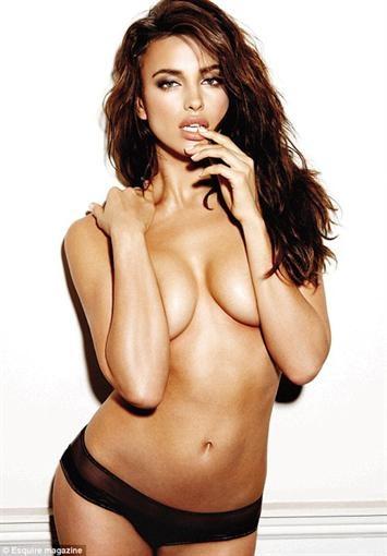 Так модель Ирина Шейк выглядит на обложках журналов. Фото: Esquire
