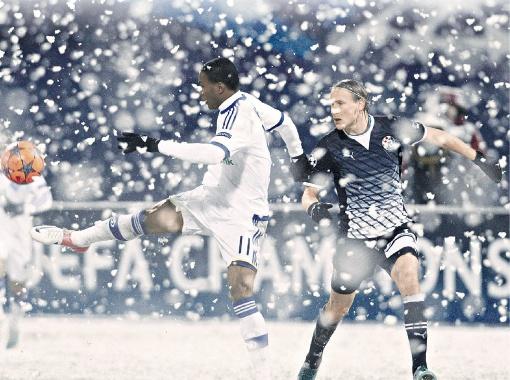 Браун Идейе за год в Киеве снег видел, но в таких условиях пока не играл. Фото: Рейтер.