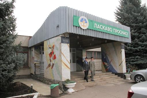 В этой школе учится Настя Петрик. Фото Геннадия Маковецкого