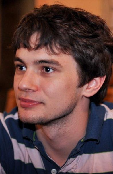 ...А торги за свидание с Дмитрием Сухенко остановились пока на 300 гривнах.