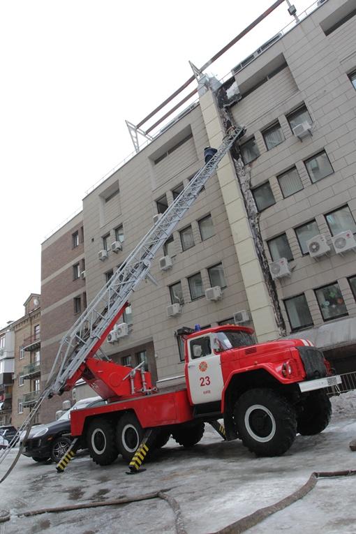 Потушить пожар удалось за 40 минут.  Фото: Олега Терещенко
