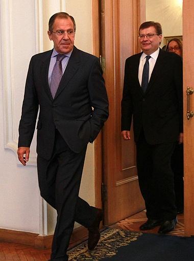 В последний раз Сергей Лавров приезжал в Киев в октябре 2012-го, чтобы обсудить те же вопросы с предыдущим главой украинского МИДа Константином Грищенко.