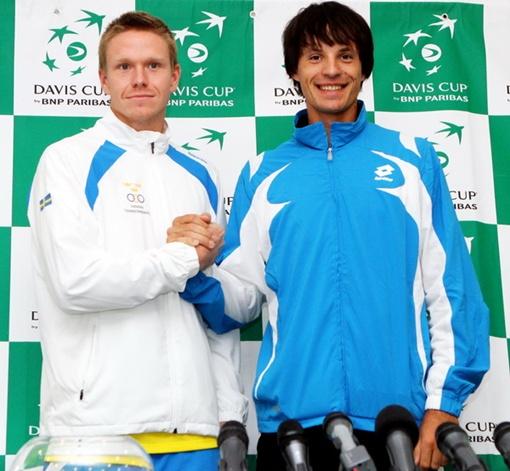 Молчанов и Эрикссон перед матчем. Фото Павла ДАЦКОВСКОГО