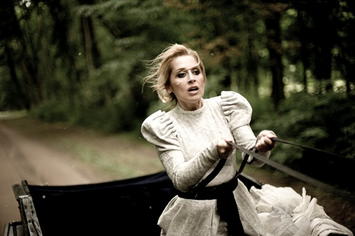 Лара Фабиан в одной картине выступила в 9 разных ролях. Фото: кадр из фильма