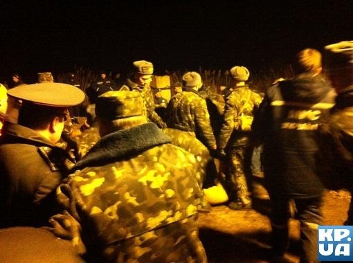 Под Киевом прорвало Бортническую дамбу