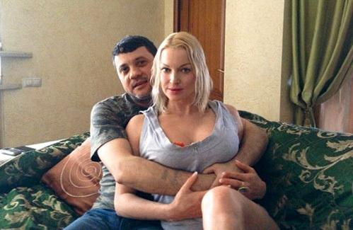 Фото с чужой женой