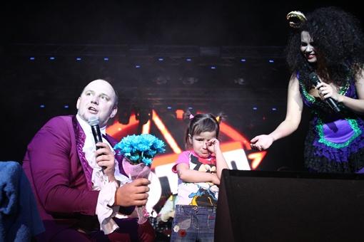 На концерте в Киеве Потап и Настя спели новые песни.