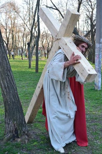 Иисуса должен сыграть 25-летний прихожанин протестантской церкви. Фото: сайт dumskaya.net
