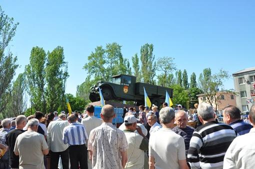 Все работы проходили за счет спонсорских средств автопредприятий. Фото: city.kherson.ua