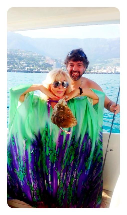 Вместе с Алексеем Дивеевым-Церковым Билык побывала на рыбалке. Фото предоставлено пресс-службой певицы.