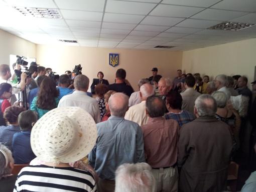 Зале Ворошиловского суда г.Донецка  во время оглашения приговора был забит до откзаза. Фото автора