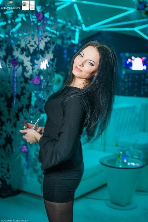 Оксана была очень красивой девушкой, но любимого человека у нее не было. Фото: соцсети.