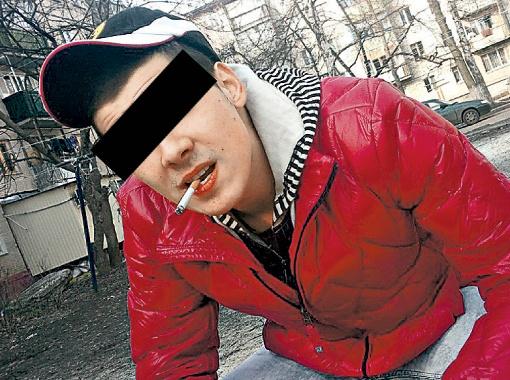 Сергей, в чьей квартире покалечили девушку, сейчас на подписке о невыезде. Фото: