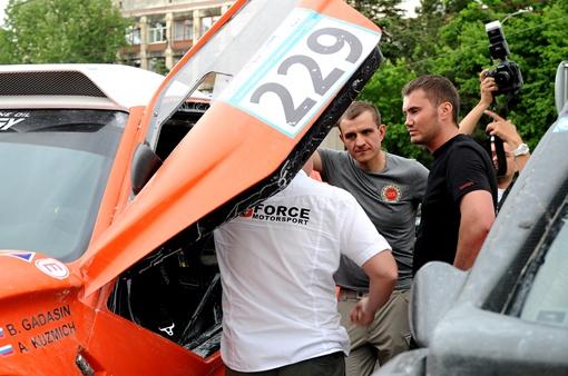Виктор Янукович-младший в этот раз решил не участвовать в гонке. Фото: Виталий ПАРУБОВ