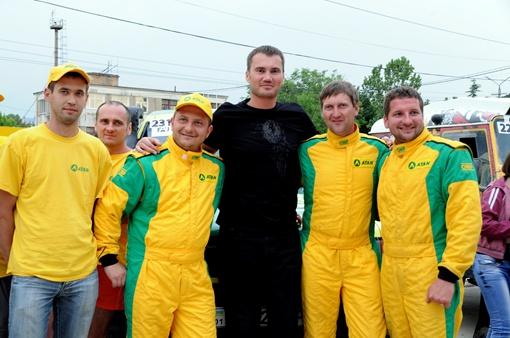 Презентация экипажей гонщиков. Фото: Виталий ПАРУБОВ