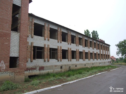 Тело Кати нашли у школы. Фото od.vgorode.ua