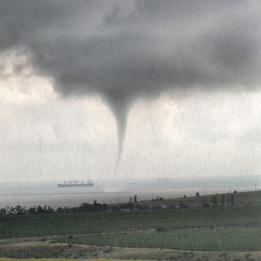 Настоящее торнадо. Автор фото Ирина Нефедова