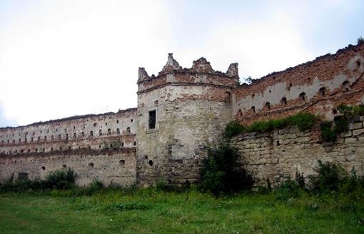 Замок в Старом Селе один из самых заброшенных. Фото: Ярема Дух/uk.wikipedia.org
