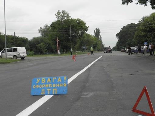 На место аварии приехали пять машин милиции и руководство МВД области. Фото МВД Волынской области.