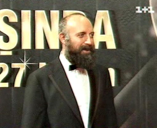 Селит Эргенч признался, что ценит в женщинах качества,противоположные Роксолане. Фото: кадр из телепередачи.