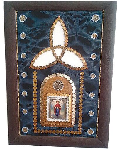 Работы на религиозную тематику оценили даже церковники: мол, у них аура хорошая. Фото: сайт краеведческого музея Диканьки.