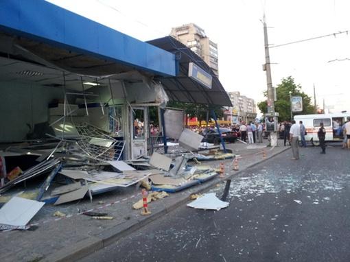Остановка разрушена. Фото с сайта like.sumy.ua