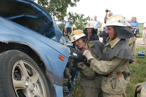 В аварии погибли шестеро. Фото: пресс-служба ГСЧС Николаевской области