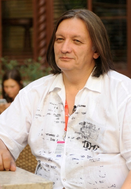 Александр Велединский признается, что работать с Константином Хабенским - одно удовольствие! Фото: Ольга Покровская