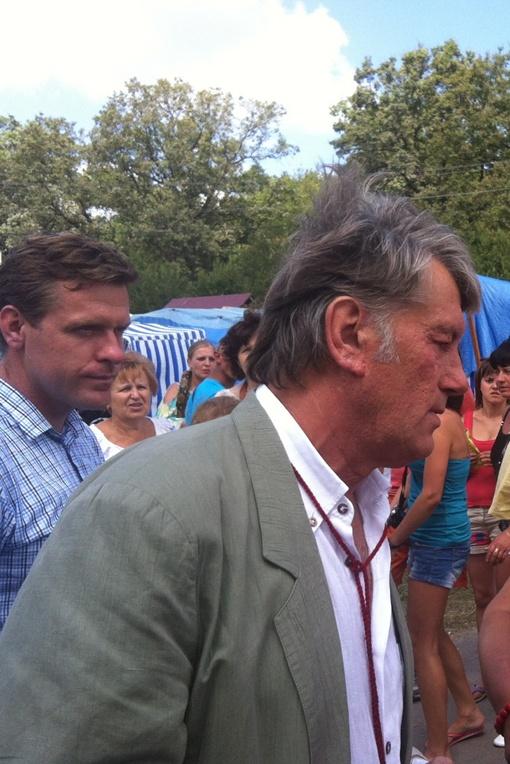 Ющенко несколько помят. Фото с сайта 0352.com.ua