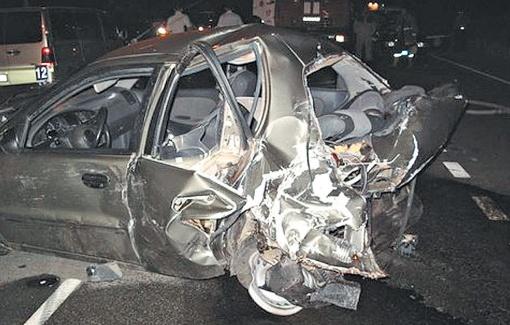 С начала года в ДТП по причине пьянства водителей погибли 138 украинцев. Фото: drugasmuga.com.