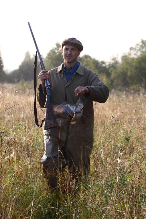 До конца августа разрешают стрелять только дичь. Фото: Александр ЧЕРНЫХ.