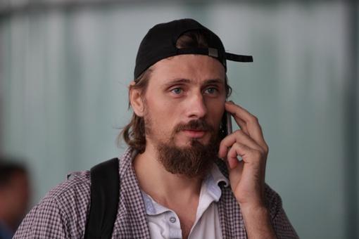 Моряки звонят родным. Фото Олега Терещенко