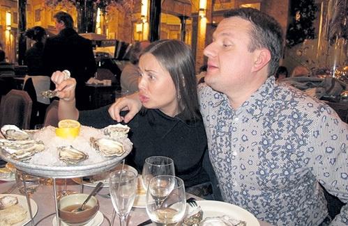 Кто муж Юлии Михалковой? . Чем он занимается?