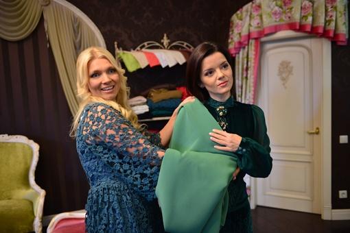 Маричка Падалко и дизайнер Ирины Диль в поисках нового образа. Фото предоставлено каналом