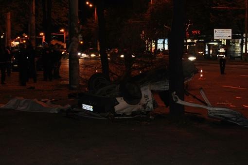 По словам очевидцев, водитель летел с большой скоростью. Фото: