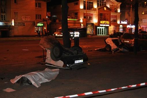 Потерпевшего водителя увезли в больницу. Фото: