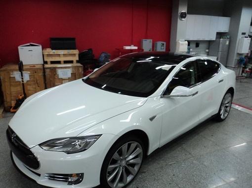 электромобиль tesla model s купить в украине