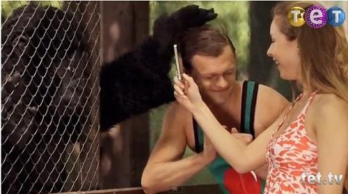 Виталька в зоопарке успел и по
