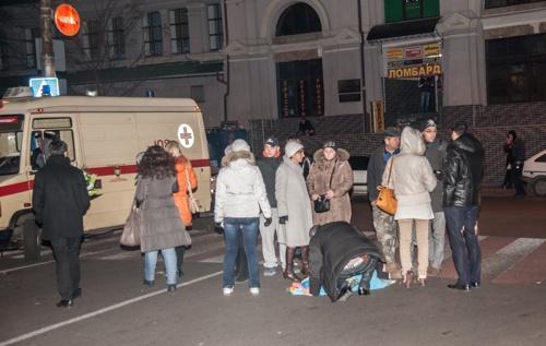 Водитель остался на месте аварии. Фото: Максим Войтенко