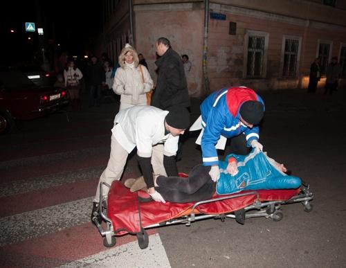 У пострадавшей сломано бедро. Фото: Максим Войтенко