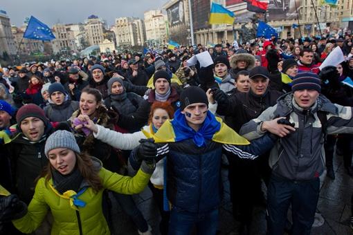 После девяти лет затишья народ снова всколыхнул Майдан. Фото: Максим ЛЮКОВ