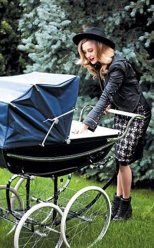 Ева долго скрывала беременность и рождение дочки. Фото: пресс-служба Евы Бушминой.