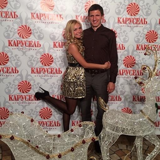 Кривцовы отмечали Новый год в ресторане, фото: instagram.com