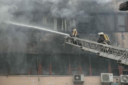 Пожар случился, когда рабочие праздновали Рождество: Фото: ГСЧС