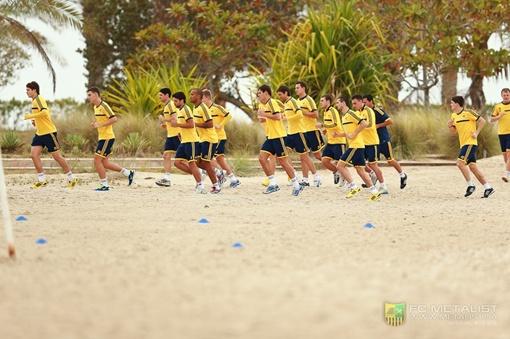 Пробежка в песках ОАЭ, фото: пресс-служба ФК