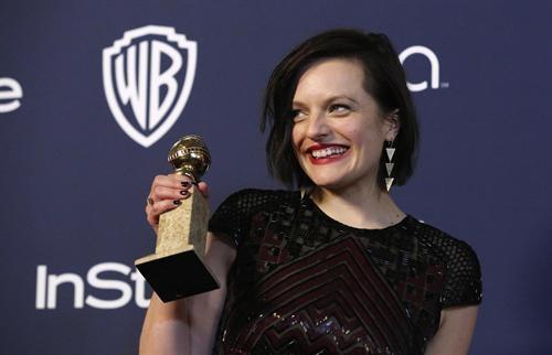 Актриса Элизабет Мосс получила свою награду за участие в сериале